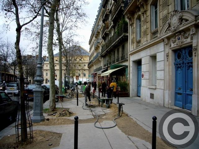 ■あちらこちら工事中のパリ(PARIS)_a0008105_4355980.jpg