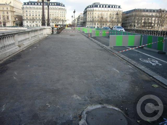 ■あちらこちら工事中のパリ(PARIS)_a0008105_4364090.jpg