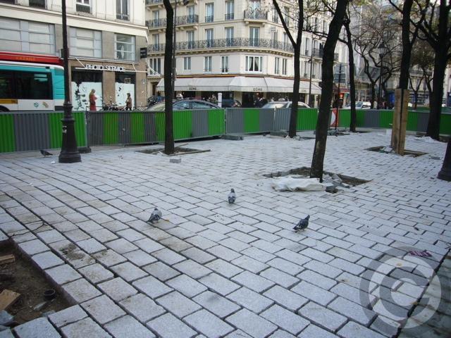 ■あちらこちら工事中のパリ(PARIS)_a0008105_4374291.jpg