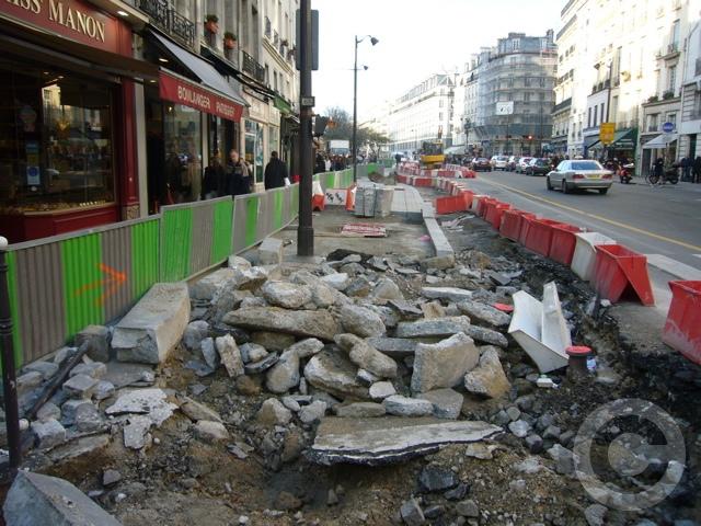 ■あちらこちら工事中のパリ(PARIS)_a0008105_438395.jpg