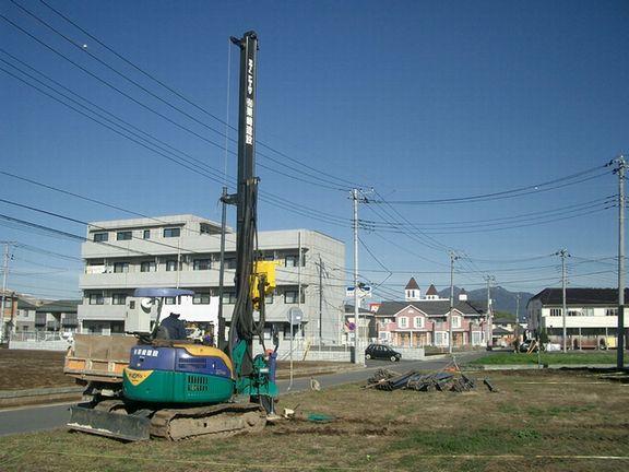 モデルハウス建築スタート_a0059217_14352485.jpg
