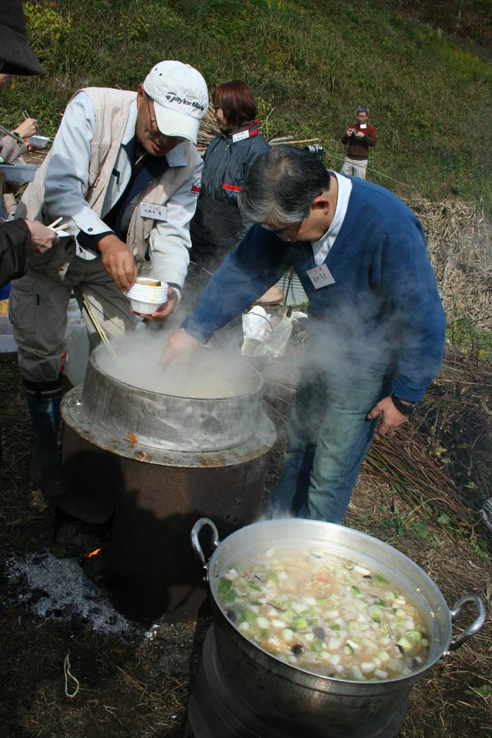 シリーズ「団塊サミットin丹沢」第7回:丹沢ドン会収穫祭_c0014967_995251.jpg