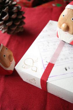クリスマスプレゼントが届きました。_b0048834_21554263.jpg