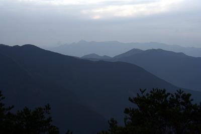 伊勢辻山(1290m) 雲ガ瀬山 ハンシ山 三重と奈良県の県境_d0055236_17382519.jpg