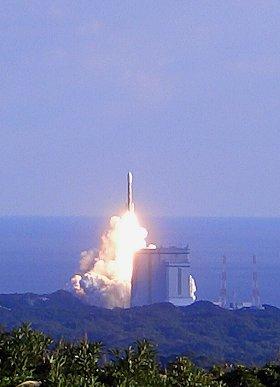 H2Aロケット打ち上げ!_d0030373_21473142.jpg