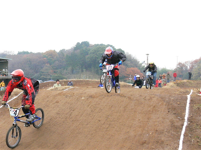 JOSF緑山2006ファイナルレース VOL 3 BMXエキスパートクラス予選画像垂れ流し_b0065730_22355911.jpg
