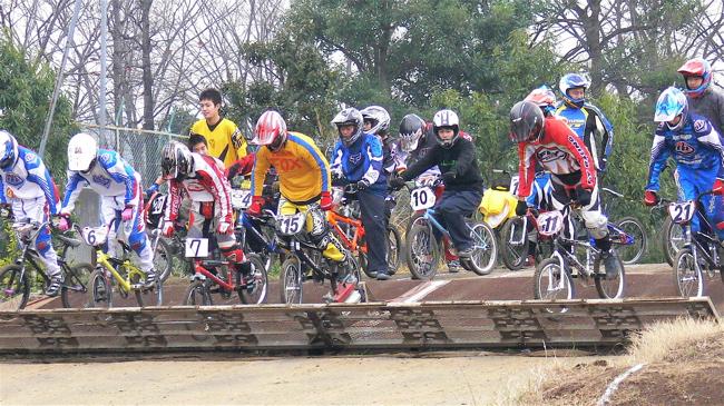 JOSF緑山2006ファイナルレース VOL 3 BMXエキスパートクラス予選画像垂れ流し_b0065730_22393966.jpg