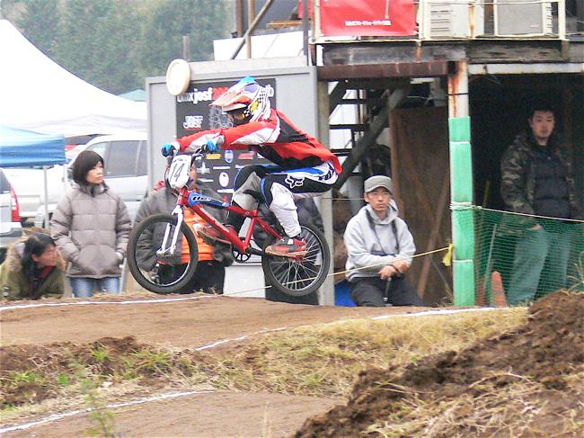 JOSF緑山2006ファイナルレース VOL 3 BMXエキスパートクラス予選画像垂れ流し_b0065730_2239811.jpg