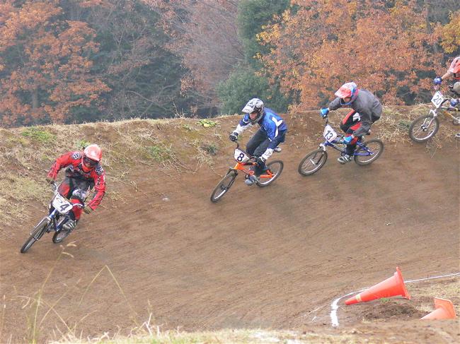 JOSF緑山2006ファイナルレース VOL 3 BMXエキスパートクラス予選画像垂れ流し_b0065730_2243351.jpg