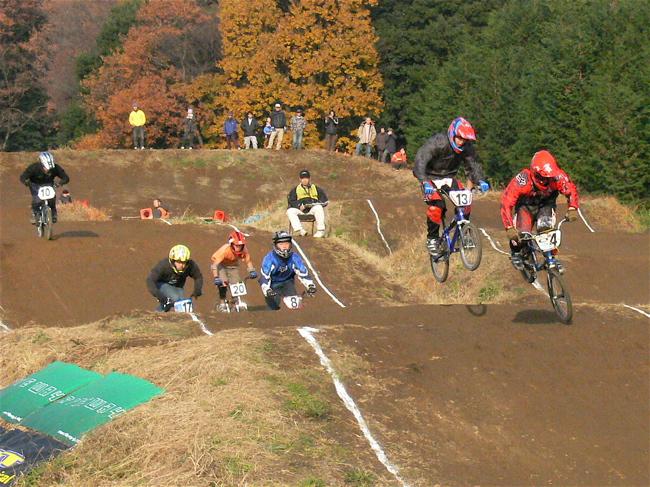 JOSF緑山2006ファイナルレース VOL 3 BMXエキスパートクラス予選画像垂れ流し_b0065730_22515711.jpg