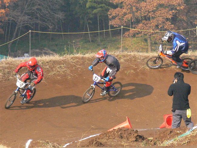 JOSF緑山2006ファイナルレース VOL 3 BMXエキスパートクラス予選画像垂れ流し_b0065730_22523084.jpg