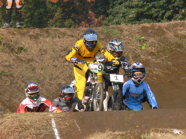 JOSF緑山2006ファイナルレース VOL 3 BMXエキスパートクラス予選画像垂れ流し_b0065730_22534691.jpg