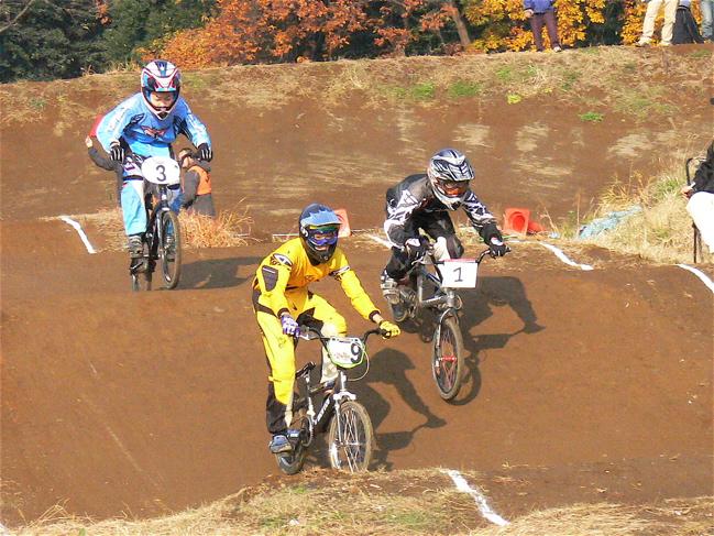 JOSF緑山2006ファイナルレース VOL 3 BMXエキスパートクラス予選画像垂れ流し_b0065730_2254129.jpg