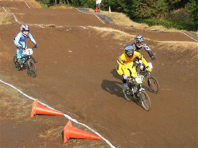 JOSF緑山2006ファイナルレース VOL 3 BMXエキスパートクラス予選画像垂れ流し_b0065730_22542118.jpg