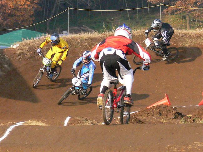 JOSF緑山2006ファイナルレース VOL 3 BMXエキスパートクラス予選画像垂れ流し_b0065730_22551273.jpg
