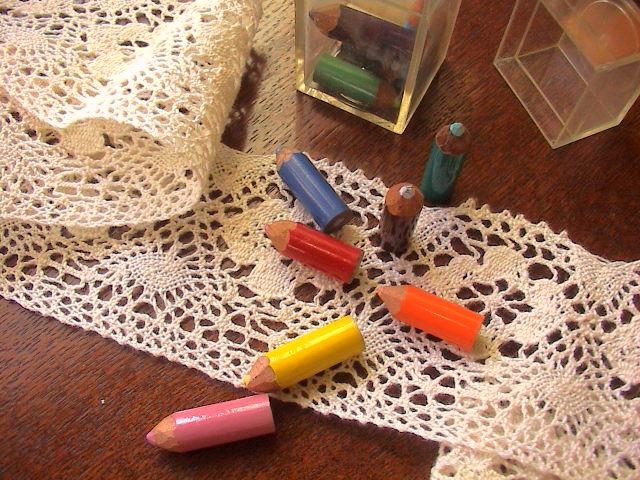 すごくちっちゃな色鉛筆。_e0060555_23223076.jpg