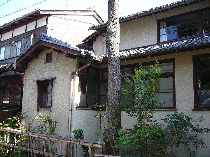 近江八幡教会牧師館_c0094541_155348.jpg