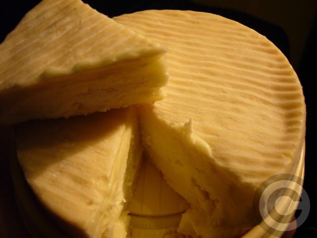 ■最近食したチーズ(PARIS)_a0014299_19162737.jpg
