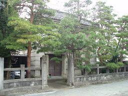 旧井上歯科医院_e0063268_0461288.jpg