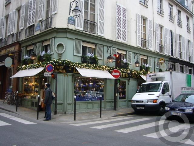 ■12月24日のクリスマス・スイーツ(PARIS)_a0014299_23434977.jpg