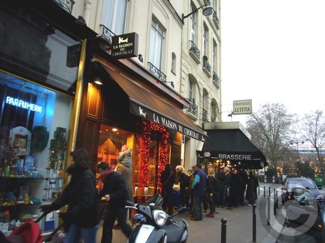 ■12月24日のクリスマス・スイーツ(PARIS)_a0014299_23493386.jpg