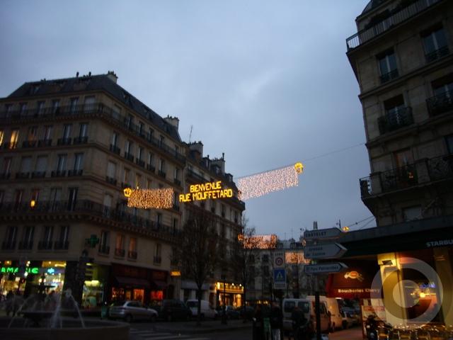 ■ムフタール界隈(パリ5区)のイルミネーション(PARIS)_a0008105_7414649.jpg
