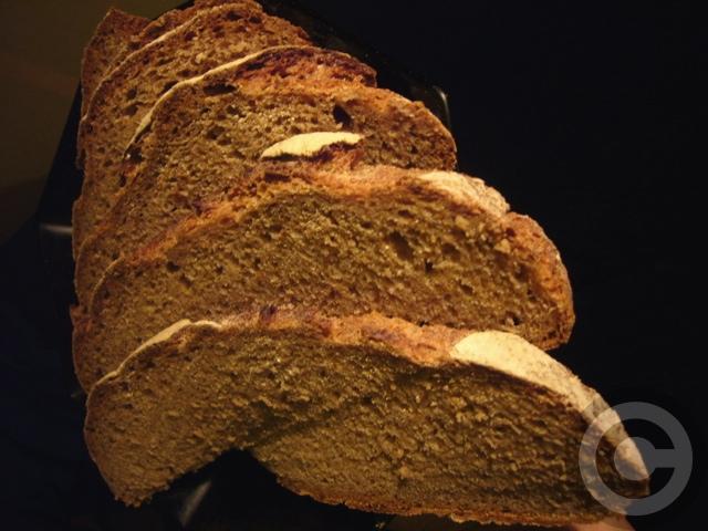 【ポワラーヌ】納得のパンRue du Cherche-midi(PARIS)_a0014299_8164446.jpg