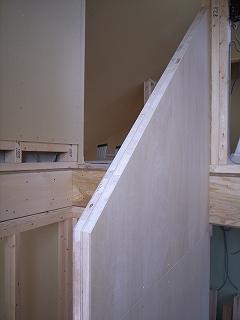 「3.5間角の家」 階段_f0059988_1225687.jpg