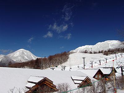 雪質は1月下旬なみの極上パウダー_d0102327_17563439.jpg