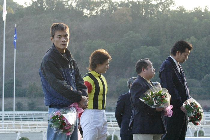 2006年12月31日(日) 高知競馬 高知県知事賞 表彰式_a0077663_19561864.jpg