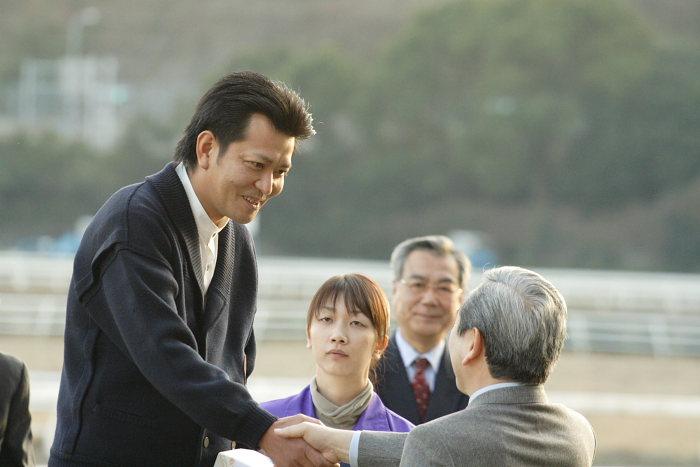 2006年12月31日(日) 高知競馬 高知県知事賞 表彰式_a0077663_19563096.jpg