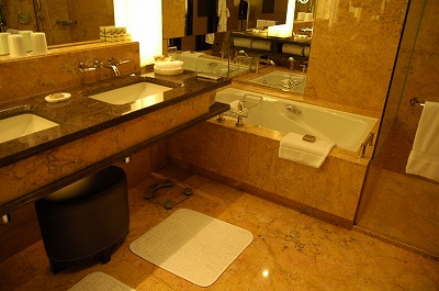 Fourseasons Hotel Hong Kong_e0076932_05868.jpg