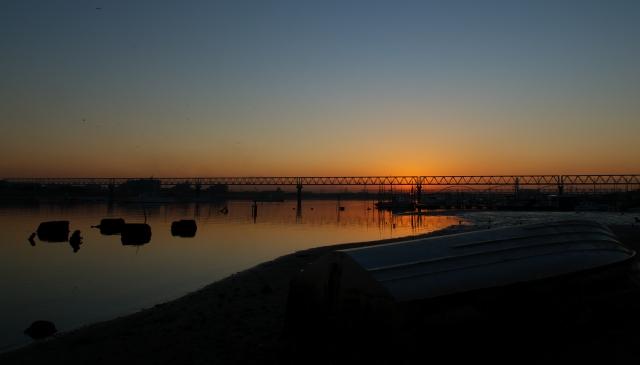 河口の朝・1_f0018464_7533916.jpg