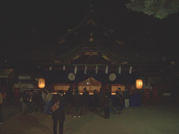 夜の神社_d0060251_0385417.jpg