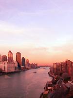 ニューヨーク空中散歩 - Roosevelt Island Tramway_b0007805_5594999.jpg