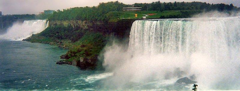 カナダ ナイアガラの滝_e0108650_16205467.jpg