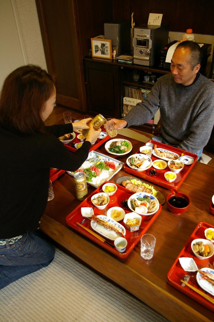 07年の元旦も北鎌倉の自宅にファミリーが全員集結_c0014967_17313840.jpg