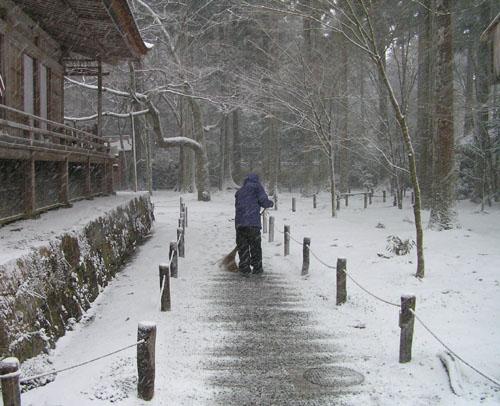 三千院 雪景色_e0048413_17514213.jpg