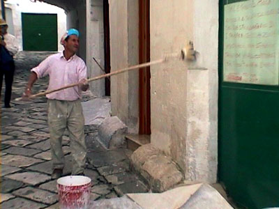 イタリアの職人と働く車たち_b0015157_2338515.jpg