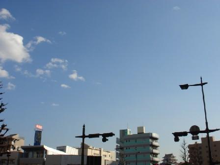 月曜日の空を見上げて_a0014840_19505440.jpg