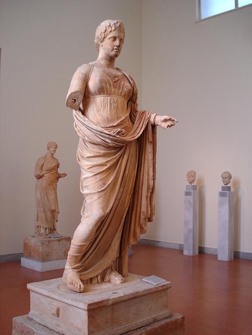 紀元前300年のテミス女神像 : 日刊ギリシャ檸檬の森 古代都市を行く ...
