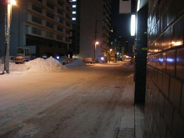 帰路(雪化粧の街)_c0025115_052763.jpg