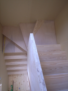 「3.5間角の家」 足場がはずれました。 _f0059988_1534993.jpg