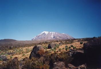 キリマンジャロ登頂記 (7) キボ・ハット(標高4703m)へ_c0011649_9382482.jpg