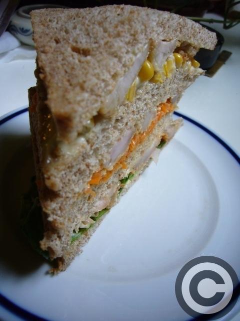 ■ウチで食すサンドイッチ(PARIS)_a0014299_205344.jpg