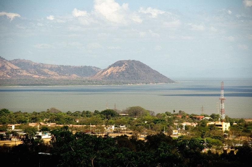 世界の湖 ニカラグア_e0108650_1813592.jpg