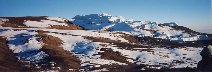 キリマンジャロ登頂記 (9) ウフルピーク(標高5895m)登頂_c0011649_5303891.jpg