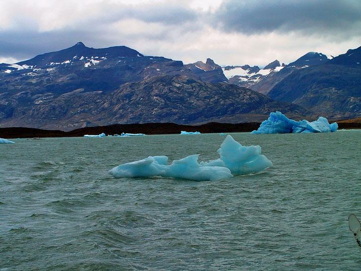 世界の湖 パタゴニア  アルゼンチン_e0108650_11582646.jpg