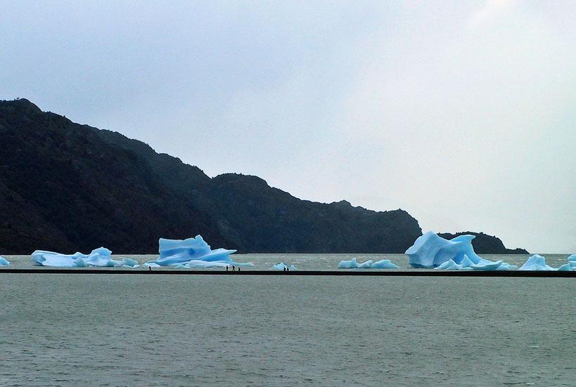 世界の湖 パタゴニア  チリ_e0108650_1253910.jpg
