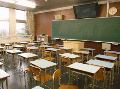 とある高校の教室_b0061965_2375543.jpg